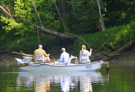 Cumberland offers a great river escape houston chronicle for Fly fishing houston