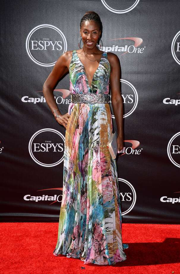 WNBA legend Lisa Leslie arrives at the ESPY Awards at the Nokia Theatre on Wednesday, July 16, 2014, in Los Angeles. (Photo by Jordan Strauss/Invision/AP) Photo: Jordan Strauss, Associated Press