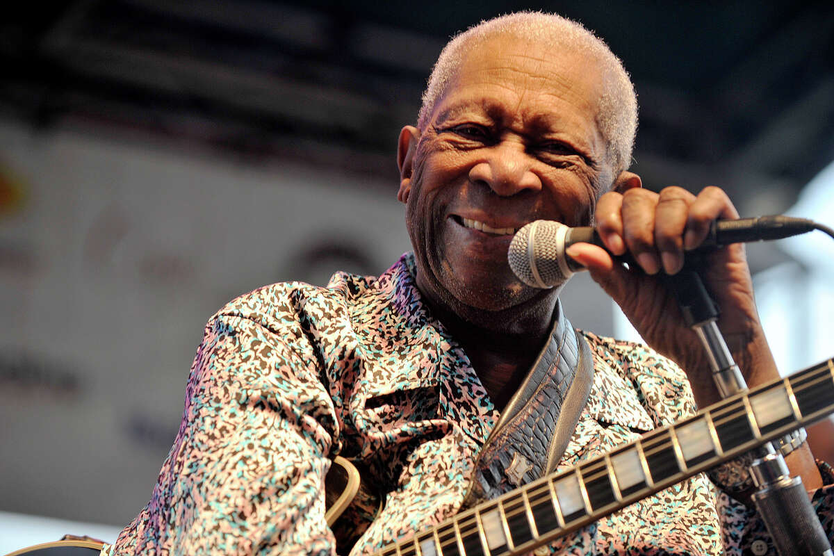 B.B. King talks with members of the audience between songs on stage during Jazz Up July at Columbus Park in Stamford, Conn., on Wednesday, July 16, 2014.