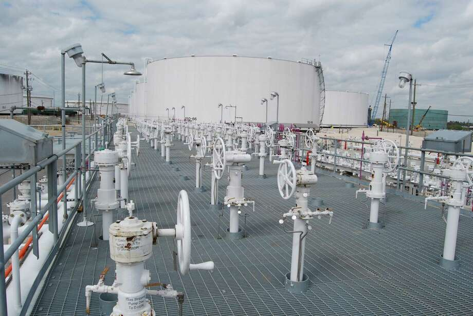 An affiliate of Kinder Morgan Energy Partners is upgrading its southwestern U.S. pipeline system to send natural gas to Mexico. Kinder Morgan, which owns this terminal in Pasadena, has an interest in or operates 54,000 miles of pipelines. Photo: Kinder Morgan Energy Partners