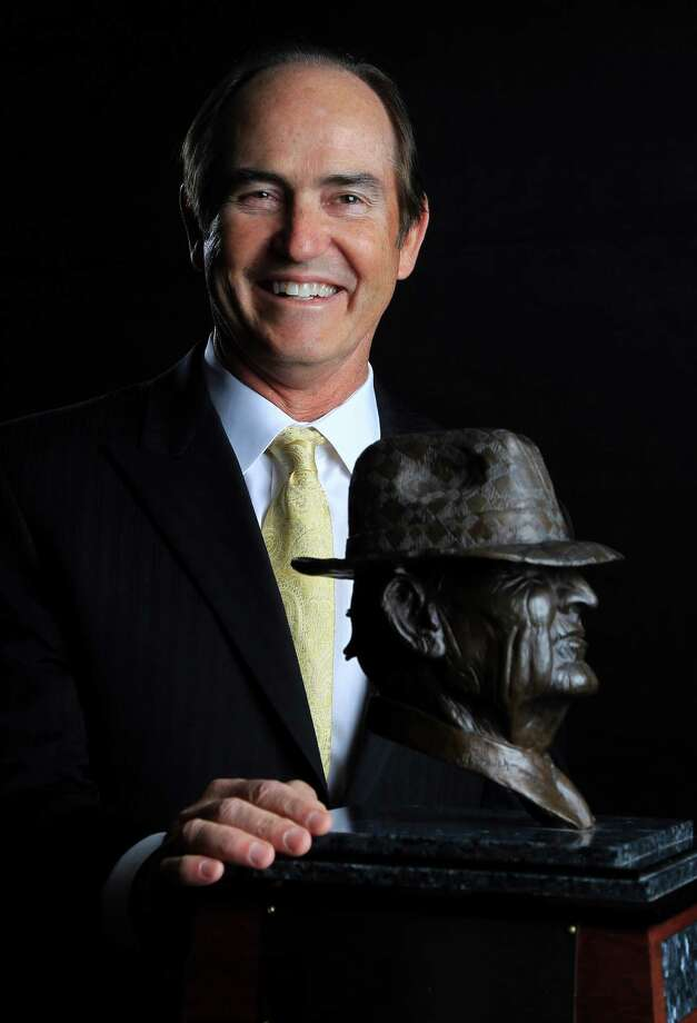 "Baylor head coach Art Briles photographed before the 2014 Marathon Oil Corporation Paul ""Bear"" Bryant Awards at the Royal Sonesta, Wednesday, Jan. 15, 2014.  ( Karen Warren / Houston Chronicle ) Photo: Karen Warren, Staff / © 2013 Houston Chronicle"