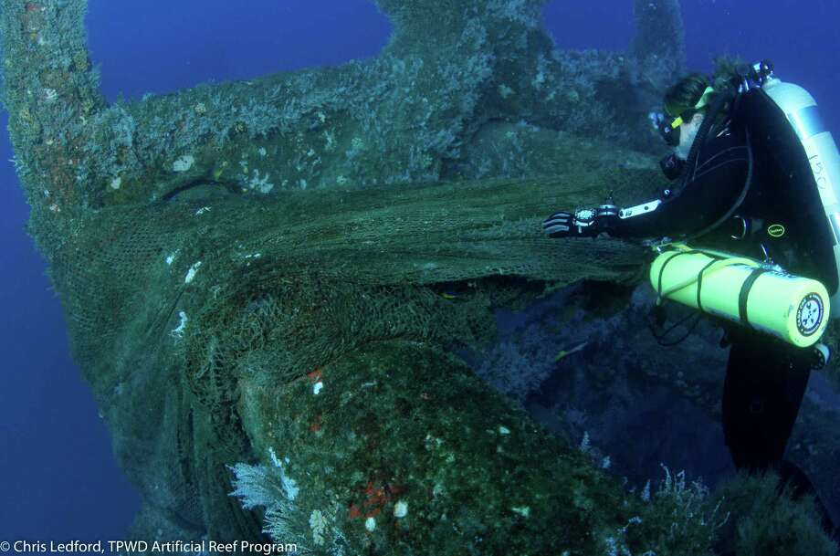 Artificial reefsHigh Island A-480 Reef, 63 nautical miles from Galveston. Photo: Chris Ledford / TPWD Artificial Reef Program  / Chris Ledford, TPWD Artificial Reef Program