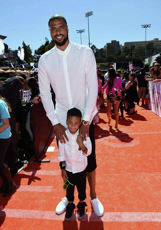 NBA player Tyson Chandler attends Nickelodeon Kids' Choice Sports Awards 2014 at UCLA's Pauley Pavilion on July 17, 2014 in Los Angeles, California. Photo: Michael Buckner, Getty Images For Nickelodeon / 2014 Getty Images