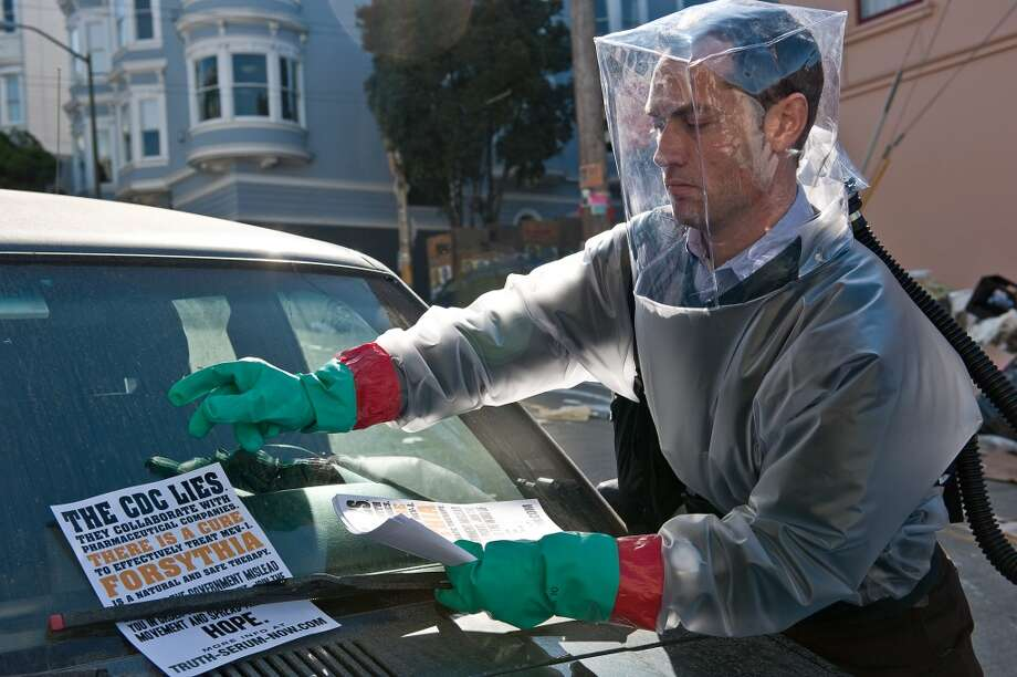 'Contagion.' The Jude Law parts were filmed in S.F., including a brief scene in the Chronicle building. Photo: Warner Bros.