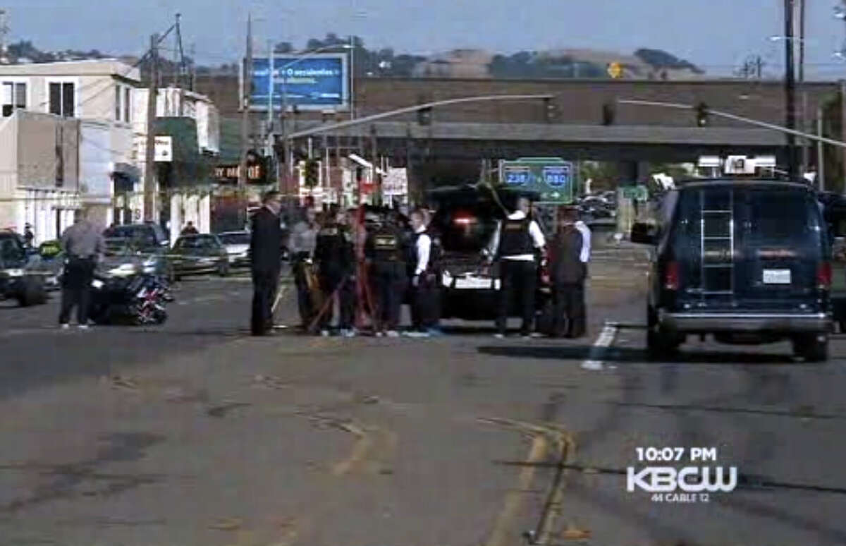 An Alameda County Sheriff's Deputy shot a domestic violence suspect in San Leandro Thursday.