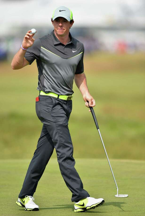 HOYLAKE, ENGLAND - JULY 18:  Rory McIlroy of Northern Ireland acknowledges the crowd after a birdie putt on the fifth hole during the second round of The 143rd Open Championship at Royal Liverpool on July 18, 2014 in Hoylake, England. Photo: Stuart Franklin, Getty Images / 2014 Getty Images