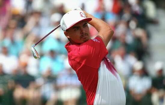 HOYLAKE, ENGLAND - JULY 18:  Rickie Fowler of the United States hits his tee shot on the fourth hole during the second round of The 143rd Open Championship at Royal Liverpool on July 18, 2014 in Hoylake, England. Photo: Matthew Lewis, Getty Images / 2014 Getty Images