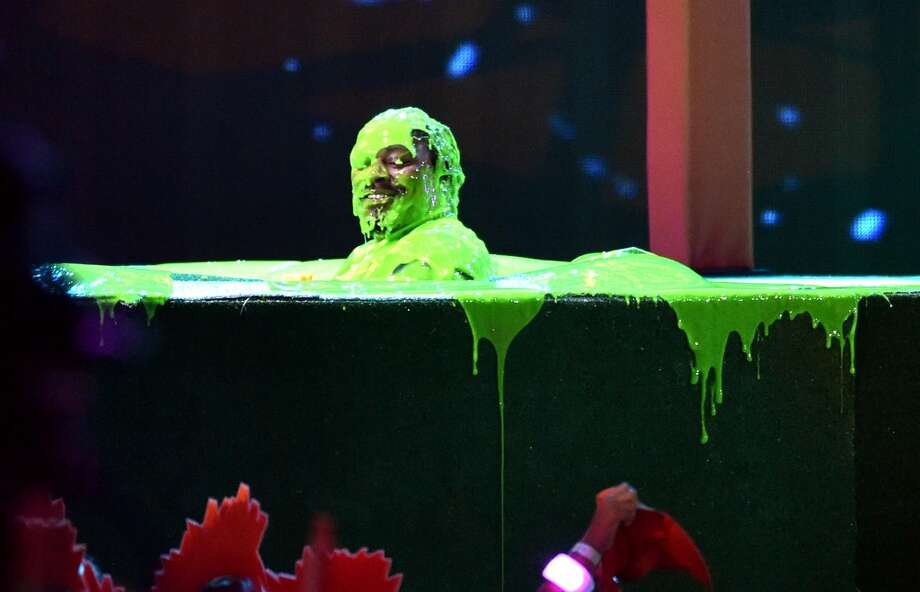 Marshawn Lynch onstage during Nickelodeon Kids' Choice Sports Awards 2014 at UCLA's Pauley Pavilion on July 17, 2014, in Los Angeles. Photo: Kevin Winter, Getty Images
