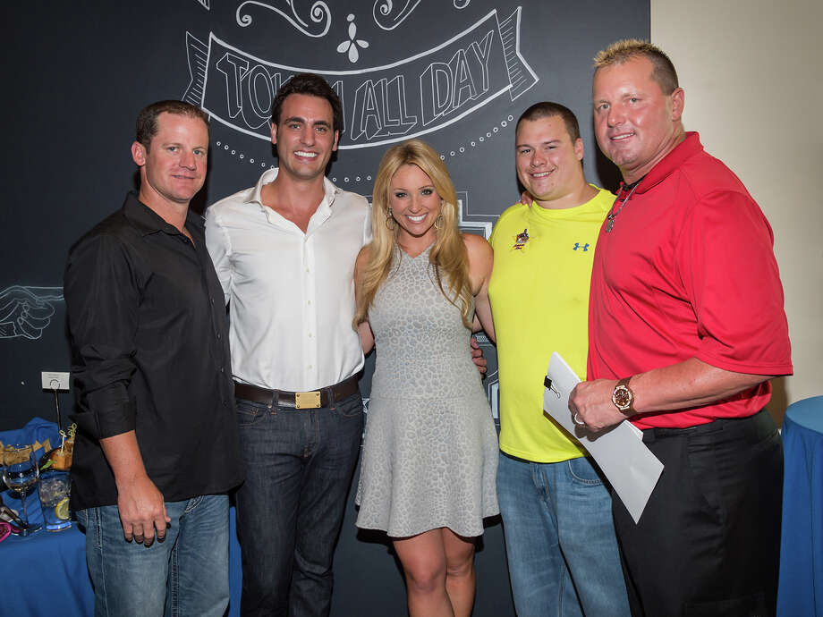 Roy Oswalt, Lane Craft, Chita Johnson, Kory Clemens and Roger Clemens at Clemens' Katch 22 on July 14, 2014. Photo: John McCain / John McCaine 2014