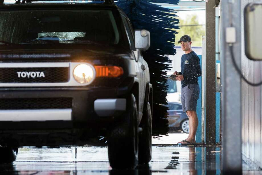 Pz oks zone change for convenience store drive thru car wash planning amp zoning commissioners on tuesday approved a zone change to the area of andrews solutioingenieria Gallery