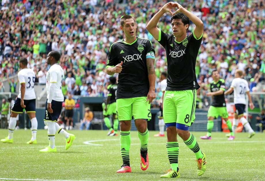 Midfielder Gonzalo Pineda celebrates after scoring on a penalty kick. Photo: JOSHUA BESSEX, SEATTLEPI.COM / SEATTLEPI.COM