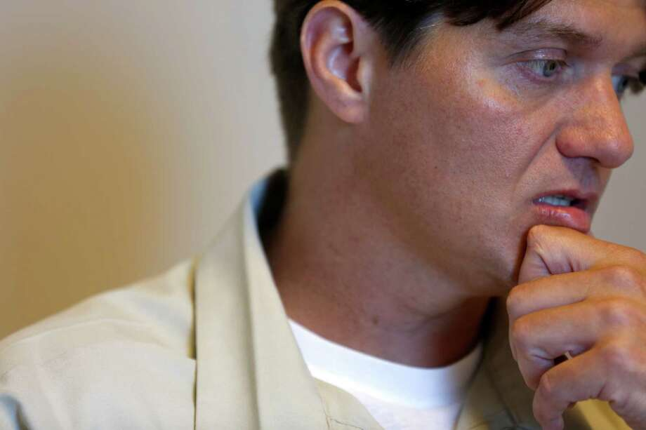 Inmate Scott Walker speaks during an interview at a federal prison in Greenville, Ill. Walker was sentenced to life without parole on drug charges. Photo: Jeff Roberson, STF / AP