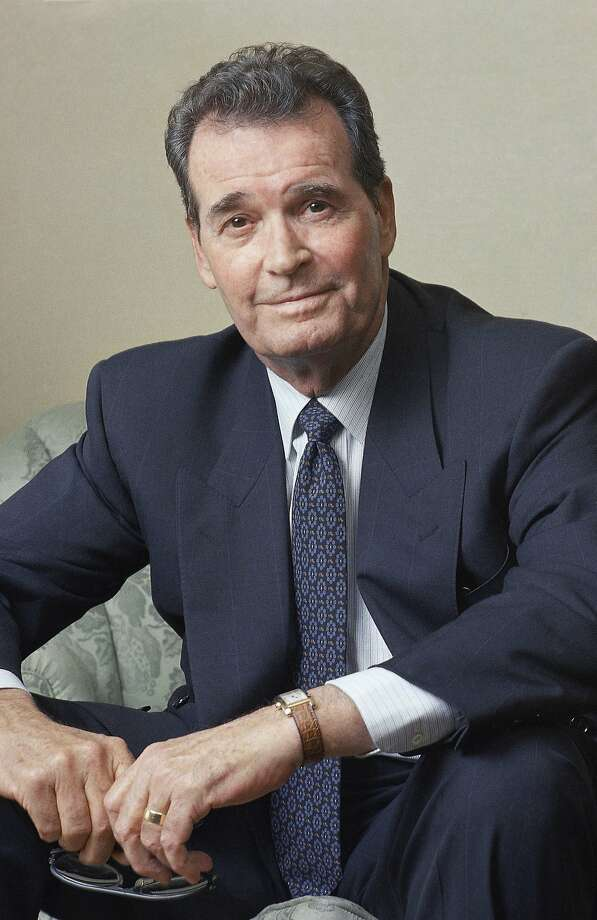 "FILE - Actor James Garner poses during an interview in New York in this June 2, 1989 file photo. Actor James Garner, wisecracking star of TV's ""Maverick"" who went on to a long career on both small and big screen, died Saturday July 19, 2014 according to Los angeles police. He was 86. (AP Photo/Wyatt Counts, File) Photo: Wyatt Counts, Associated Press"