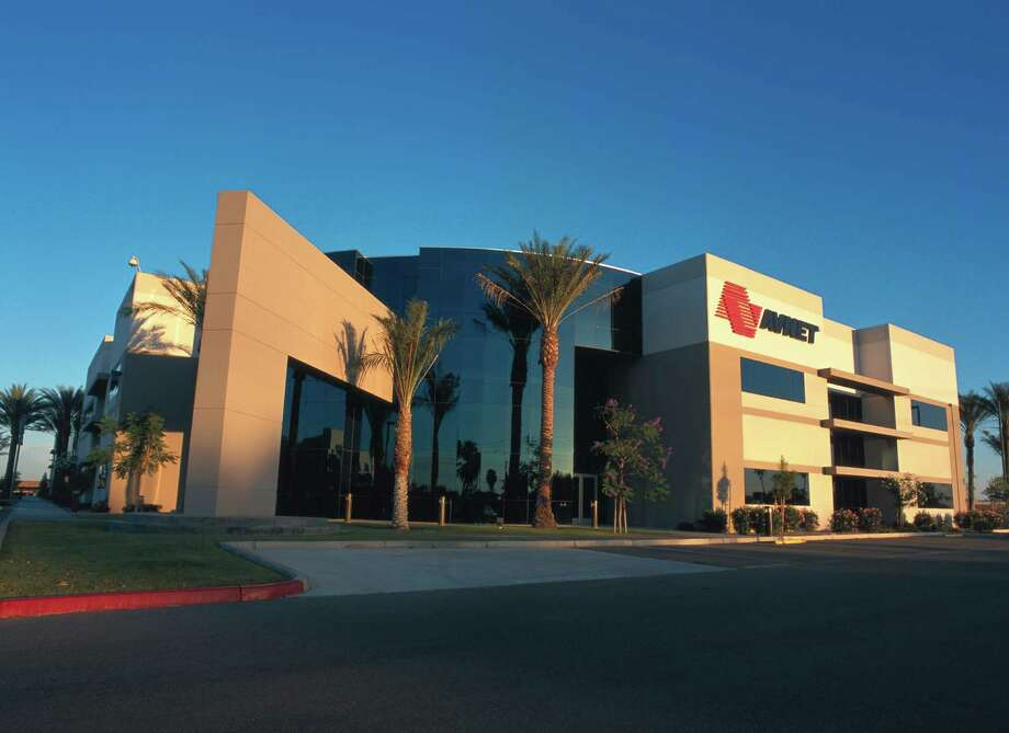 """Arizona - AvnetLocation: Phoenix, ArizonaRevenue: $27.49 billionAvnet distributes electronic components, semiconductors, IT solutions, and more. Fortune named it one of the """"World's Most Admired Companies"""" in 2014.Source: Broadview Networks, Hoover's Inc., Fortune Photo: Avnet"""