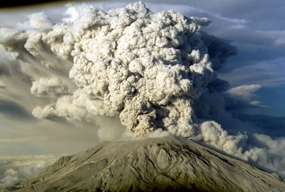 Mount St. Helens erupted on July 22, 1980. Now, geophysicists are planning to use explosions to map the volcano's interior. Photo: JACK SMITH, STF / AP