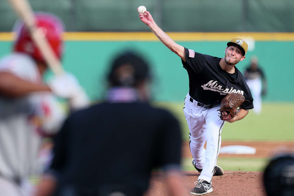 Missions' pitcher Justin Hancock throws to the plate during the first inning of their game with Springfield at Wolff Stadium on Sunday, July 6, 2014. MARVIN PFEIFFER/ mpfeiffer@express-news.net