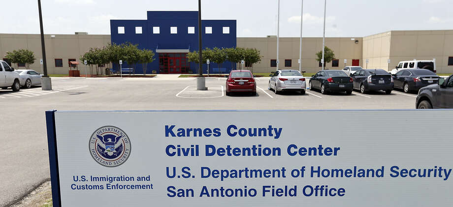The privately run Karnes County Civil Detention Center has removed the men it housed there to make way for up to 500 undocu- mented children and women from Central America. Photo: Edward A. Ornelas / San Antonio Express-News / © 2014 San Antonio Express-News