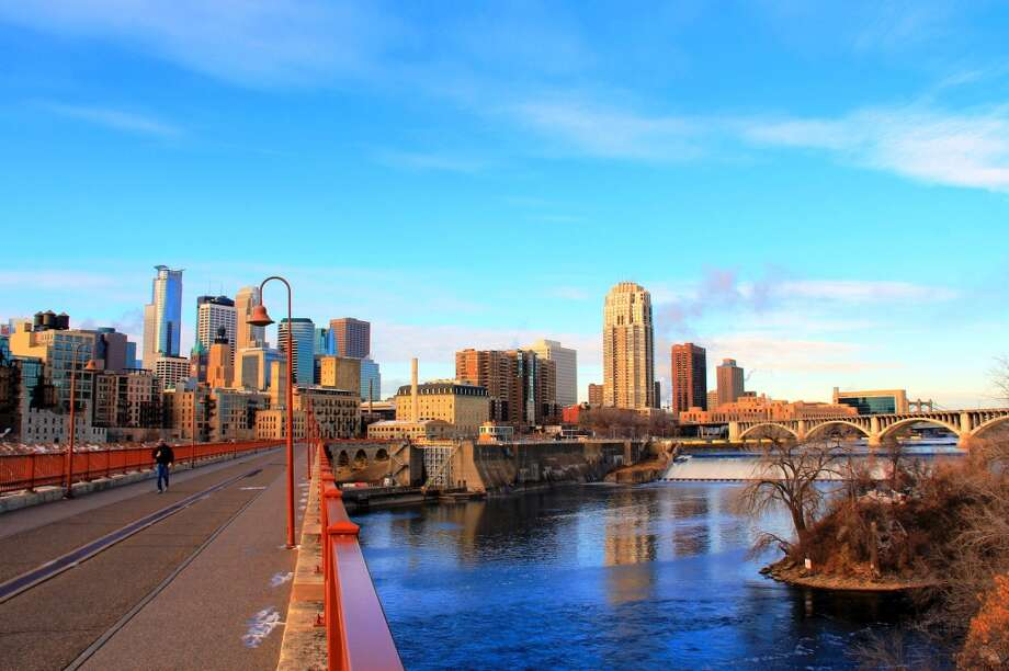 Minneapolis Share with past-due debt: 4.2 percent Share with debt in collections: 20.1 percent (lowest of all metropolitan areas examined) Average debt in collections: $5,539
