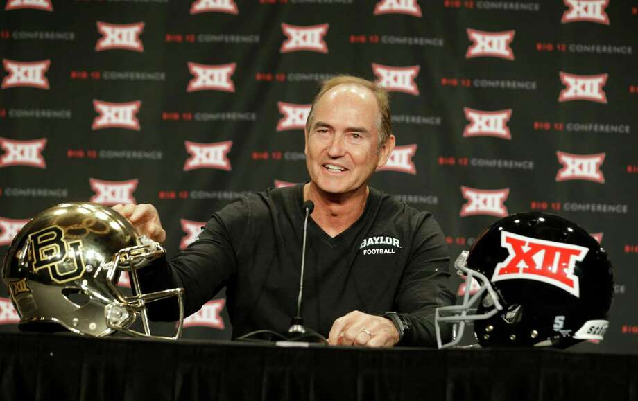 Baylor coach Art Briles doesn't object to being picked behind Oklahoma in the preseason Big 12 poll, saying it's a reflection of the teams' having differing results in their bowls to finish the 2013 season. Photo: LM Otero, STF / AP