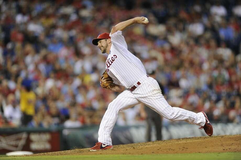 30. Cliff Lee  Baseball U.S. Total: $25.3 million Salary/winnings: $25.1 million  Endorsements: $0.2 million Photo: Michael Perez, Associated Press