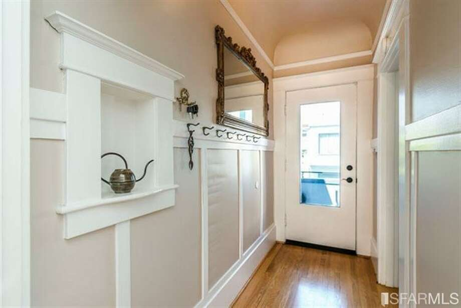 267 Anderson St., Unit A, Bernal Heights: The charming entry to the 1909 condo. Photo: MLS