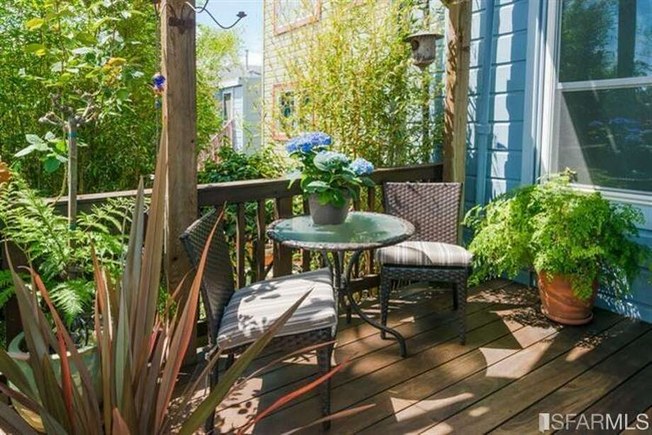 267 Anderson St., Unit A, Bernal Heights: The deck. Photo: MLS