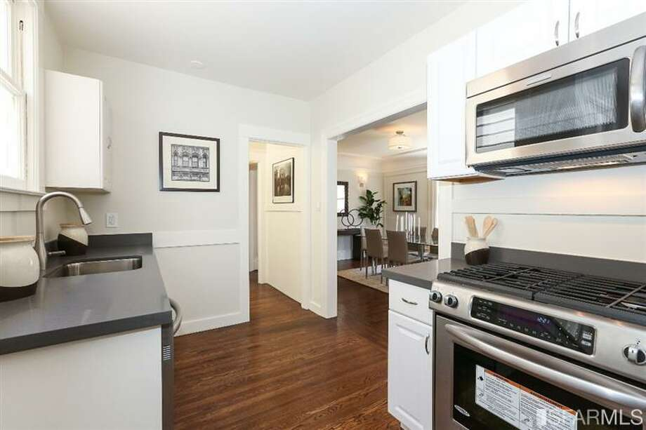 3320 Cabrillo St., Outer Richmond: The kitchen was recently remodeled. Photo: MLS