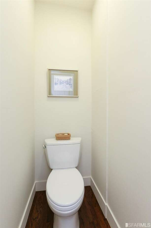 3320 Cabrillo St., Outer Richmond: An additional quarter bath. Photo: MLS