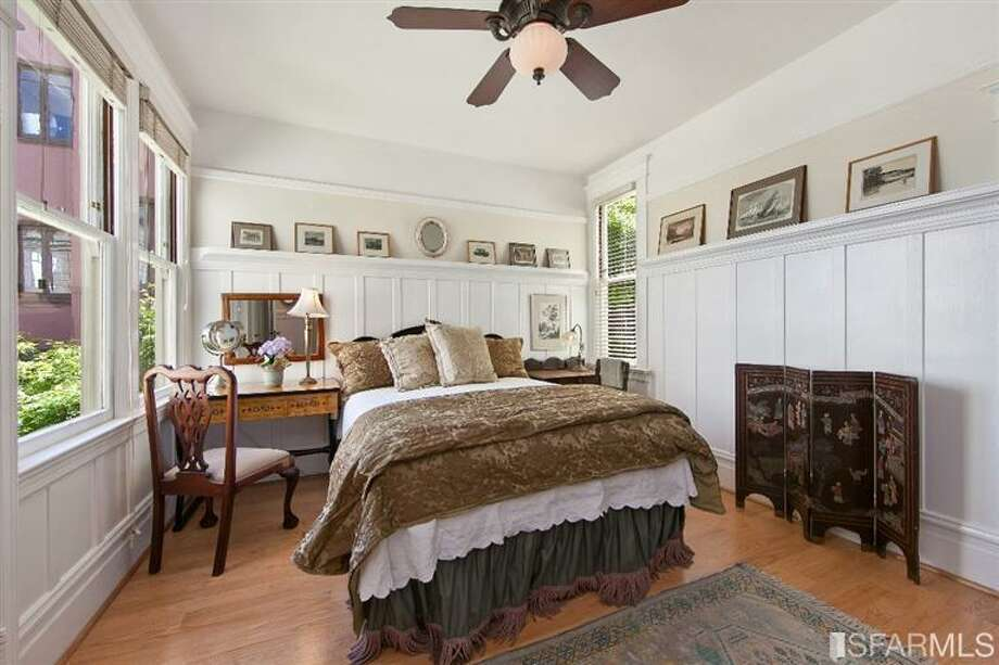 1041 Filbert Street, Russian Hill: The larger bedroom. Photo: MLS