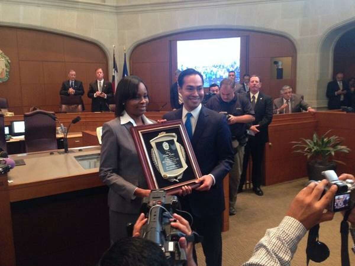 City Council members voted for District 2 City Councilwoman Ivy Taylor to take over as mayor for Julian Castro who is leaving San Antonio to take on the post of HUD Secretary.