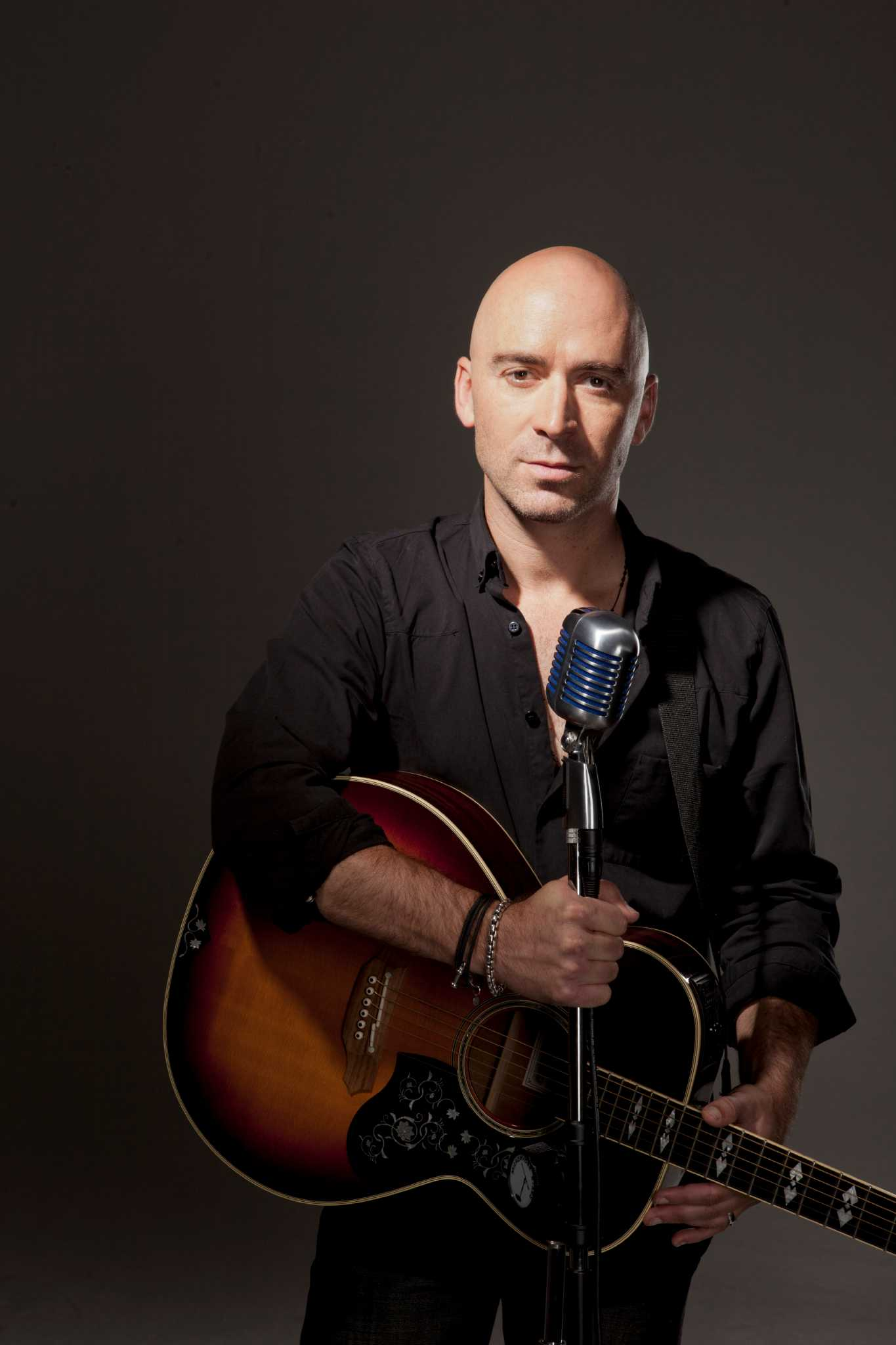 Former Live frontman Ed Kowalczyk playing Alive@Five