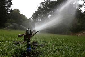 Water managers announce mandatory cuts - Photo
