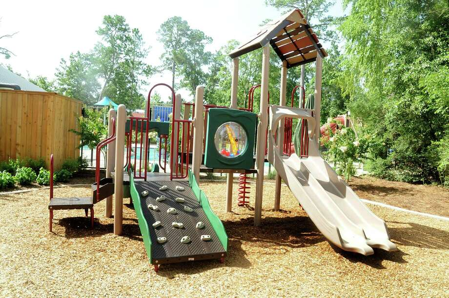 The redesigned Shadowbend Park in The Woodlands now offers new play equipment with a climbing feature. Photo: David Hopper, Freelance / freelance