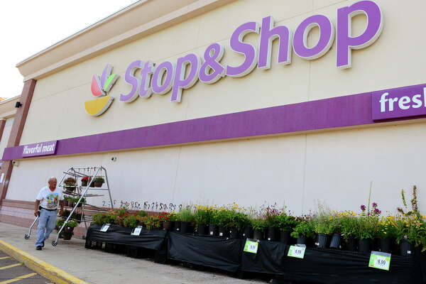 A view of Stop and Shop supermarket off of Tunix Hill Cut Off in Fairfield, Conn. on Tuesday July 22, 2014. Some local retailers like Stop & Shop, Trader Joe's, and Sam's Club are affected by a nationwide fruit recal due to listeria.