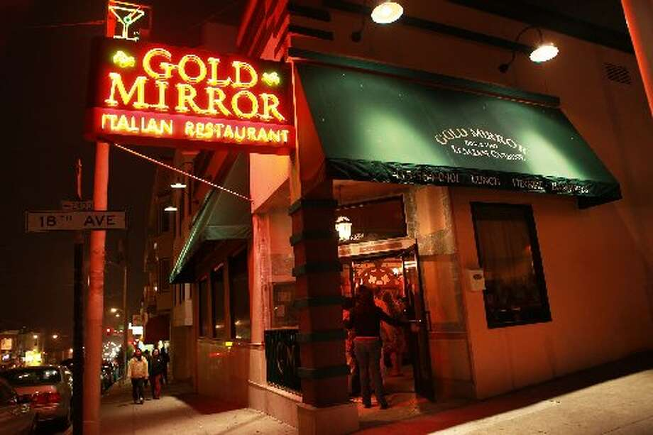 The Gold Mirror has been at Taraval near 18th Avenue since the 1950s. Photo: Liz Hafalia, The Chronicle 2010