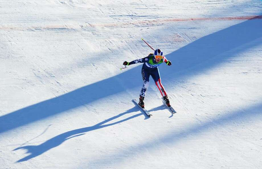 Lindsey Vonn of the United States competes during the Alpine Skiing Ladies Downhill on day 6 of the Vancouver 2010 Winter Olympics at Whistler Creekside on February 17, 2010 in Whistler, Canada. Photo: Clive Mason, Getty Images / 2010 Getty Images