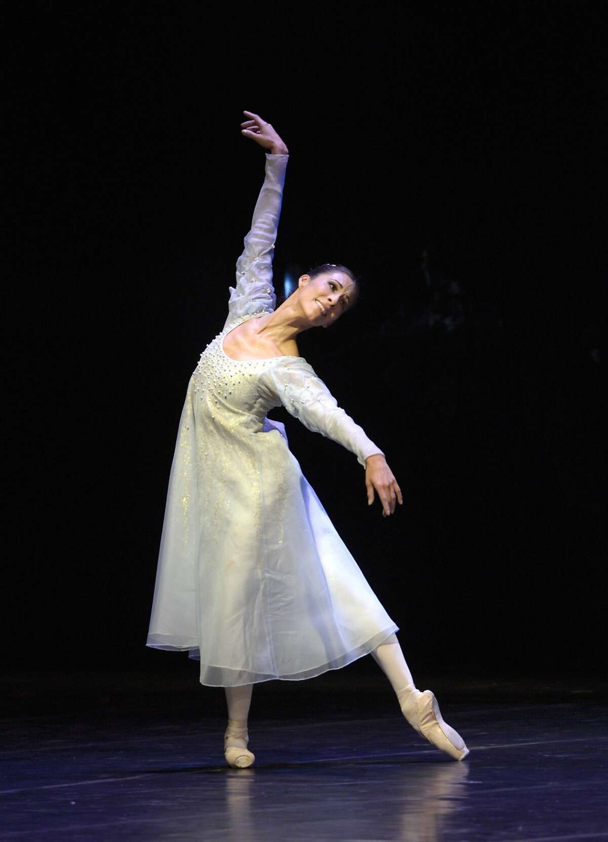 Ballerina Elisa Carillo will dance at the Yerba Buena Center for the Arts Theater in the July 31 opening gala of the MEX I AM Festival of Mexican contemporary arts. Photo Courtesy MEX I AM