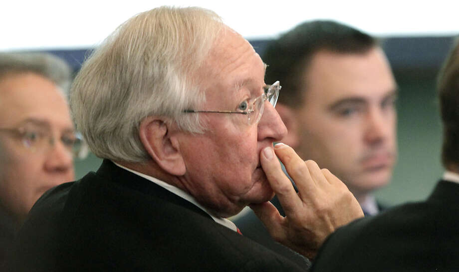 Bennie Fuelberg (foreground), shown during his trial in 2010, had his appeal of his fraud and theft conviction denied by the 3rd Court of Appeals. Photo: Express-News File Photo / rowen@express-news.net