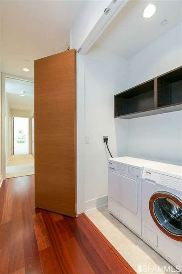 An in-unit washer-dryer Photo: MLS