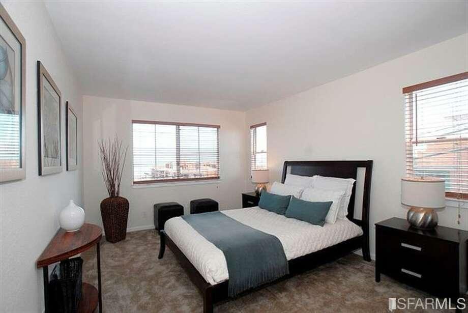 The master bedroom Photo: MLS