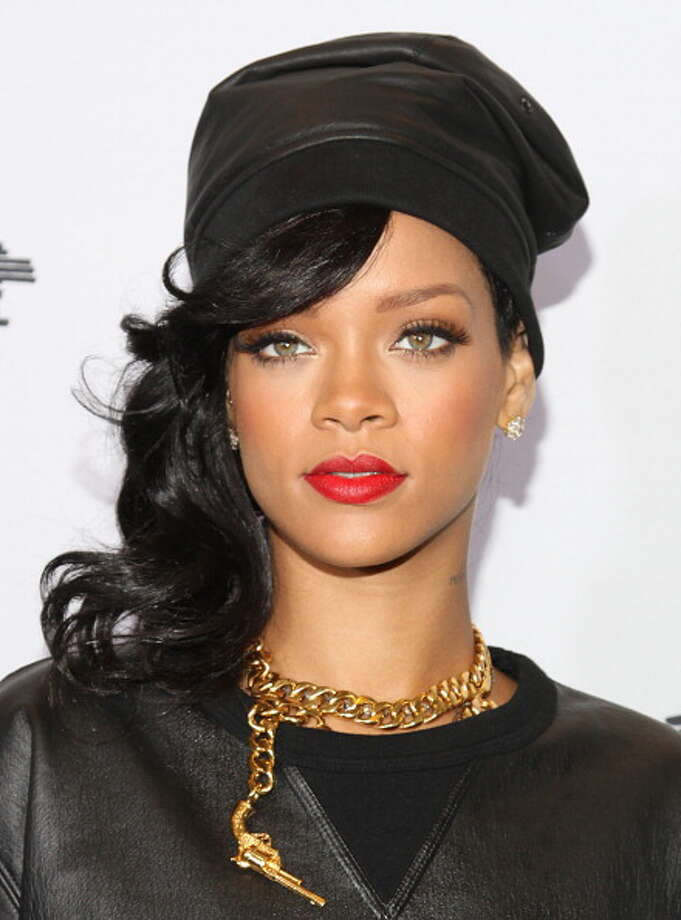 Rihanna's eyes are sexy and flirtatious. Photo: Rob Kim, Getty Images / 2012 Getty Images
