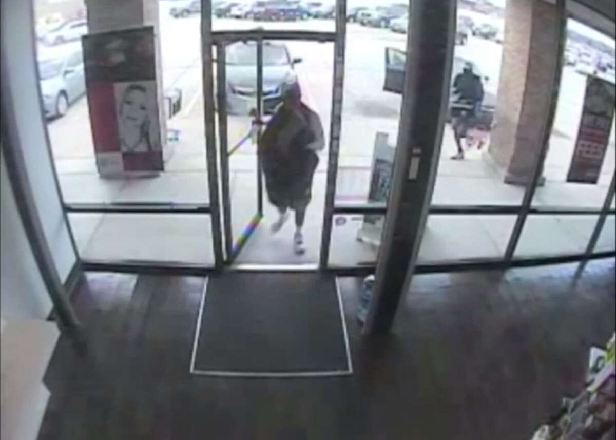 The Harris County Sheriff's Office is looking for three masked gunmen who robbed a T-Mobile store location at 12260 West FM 1960 by gunpoint on Wednesday, July 23, 2014 and assaulted employees inside. The gunmen made off with 80 cellphones averaging $400 in price each and an unknown amount of money.
