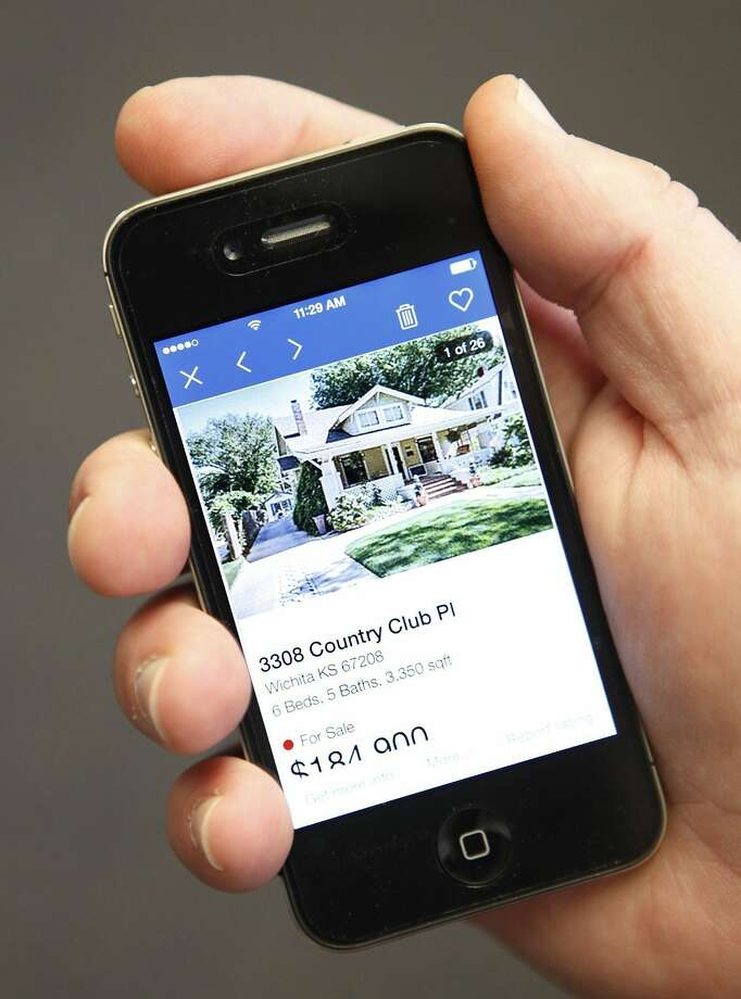 The real estate website Zillow helps buyers and renters find information on homes. Photo: Brian Corn, McClatchy-Tribune News Service