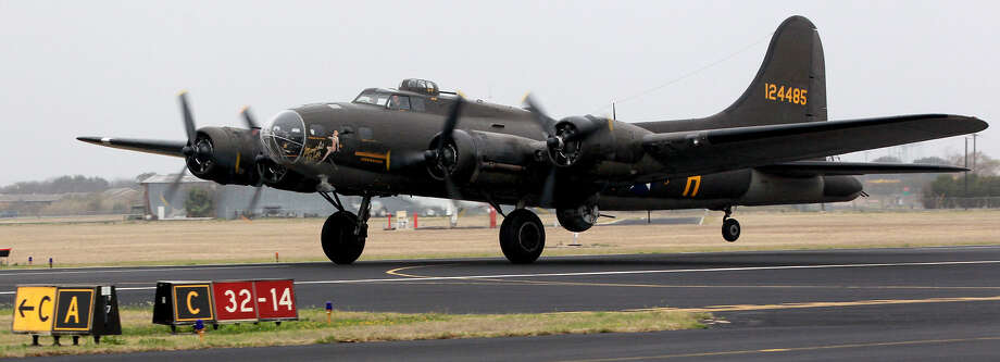 On Aug 1, 1945, a group of 20 homebound Texas troops boarded a B-17 aircraft (similar to the one above) in Pomigliano, Italy. Engine trouble forced it to crash in the Tyrrhenian Sea. Photo: Express-News File Photo / ©