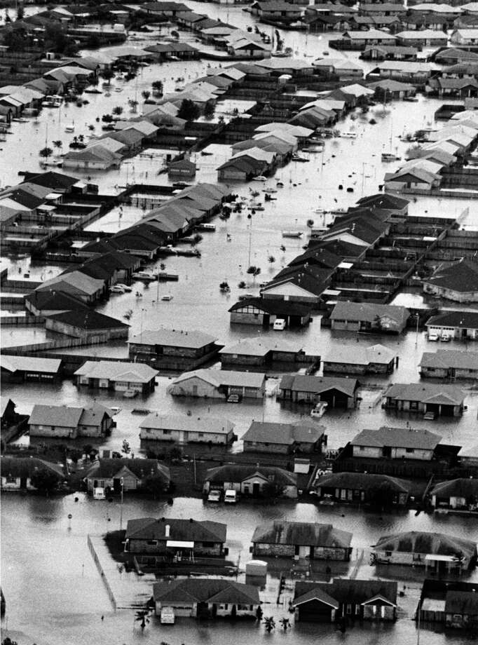 Aerial view of Alvin homes flooded by tropical storm Claudette, July 26, 1979. Photo: Bela Ugrin, Houston Chronicle / Houston Post files