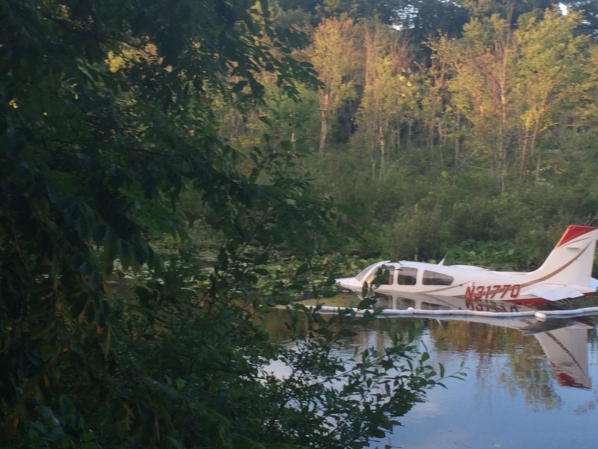 The Edge Danbury >> Plane crashes into swamp near Danbury airport - NewsTimes