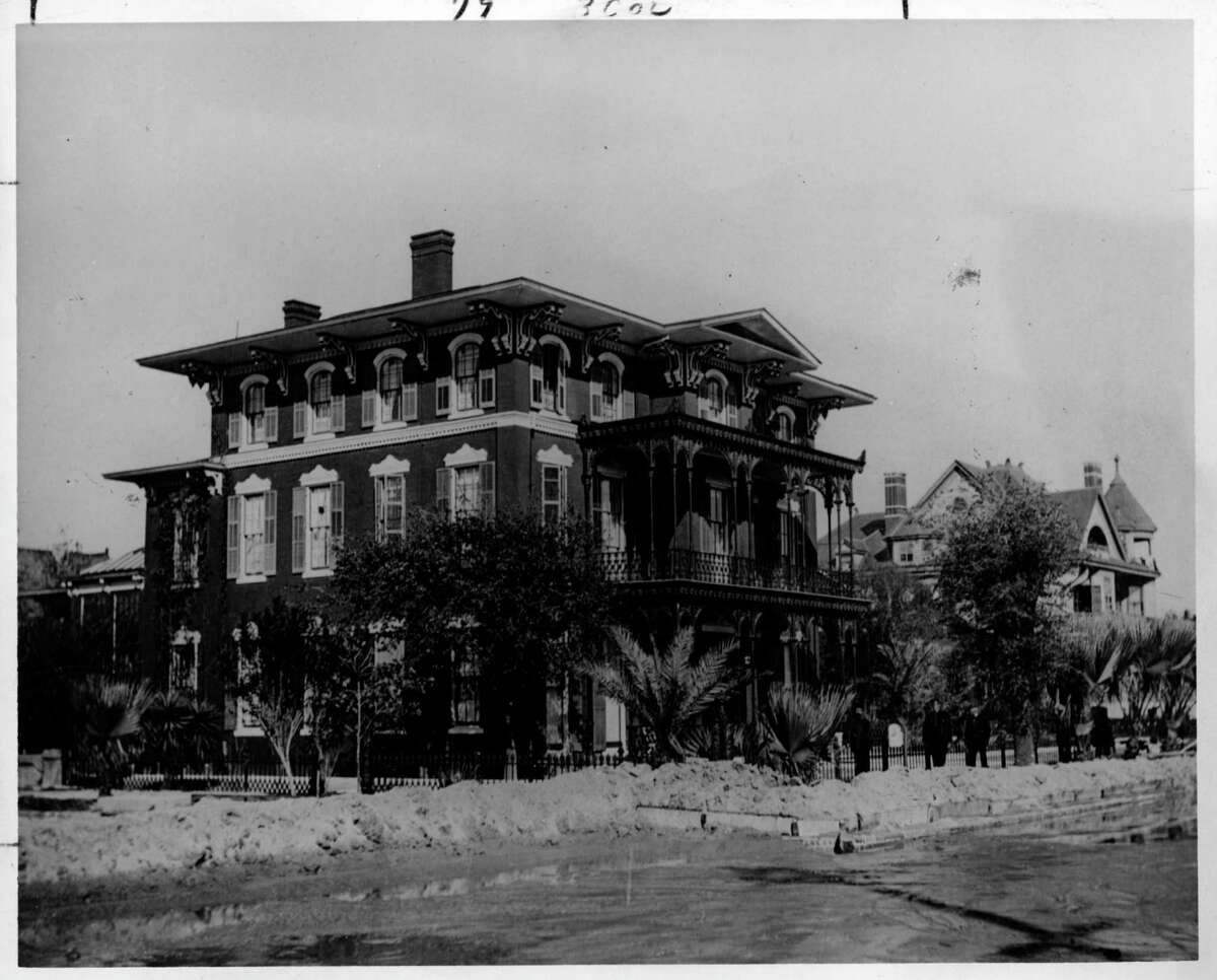 Ashton Villa This is how it looked in 1902.