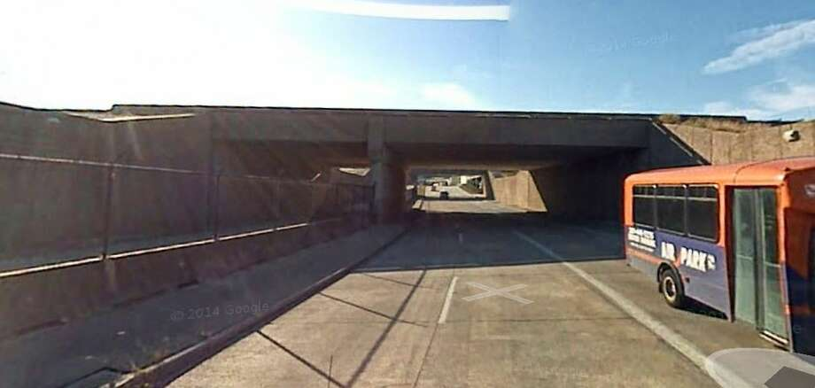 Airplane taxiway, Bush International AirportThis airport bridge is not listed in the National Bridges Inventory report, but is listed as structurally deficient by TxDOT. Photo: Google Earth Screengrab