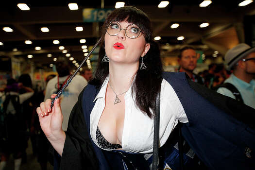 Actor/model Bernadette Bentley dresses as Moaning Myrtle from the Harry Potter movies at San Diego Convention Center on July 24, 2014 in San Diego, California. Photo: Daniel Knighton, WireImage / 2014 Daniel Knighton