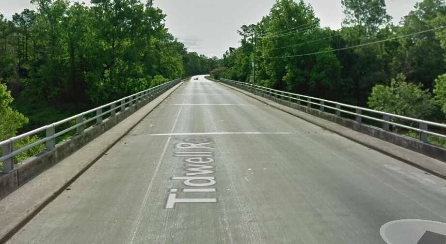 Tidwell Road over Greens Bayou in Houston Year built: 1974 Owned by: County  This bridge has been listed as structurally deficient since 2007, with the support system underneath the bridge in poor condition. Photo: Google Earth Screengrab